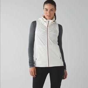 Lululemon Go the Distance Vest In Angel Wing